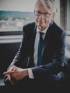 Dr. Klaus Weichel Oberbürgermeister